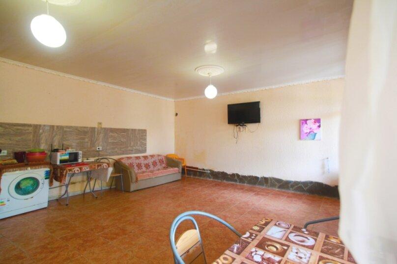 """Гостевой дом """"Алёна"""", Тупиковый переулок, 41 на 17 комнат - Фотография 24"""