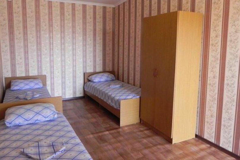 """Гостевой дом """"Алёна"""", Тупиковый переулок, 41 на 17 комнат - Фотография 60"""