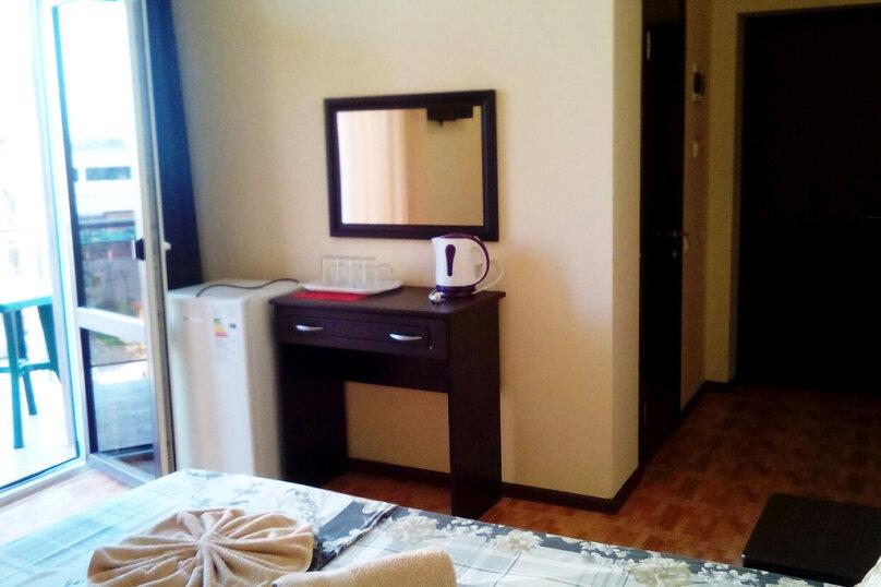 Двухкомнатный пятиместный люкс с балконом, Черноморская улица, 181Д, Витязево - Фотография 2