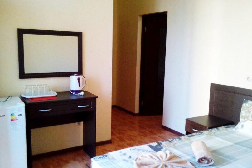 Двухкомнатный пятиместный люкс с балконом, Черноморская улица, 181Д, Витязево - Фотография 3