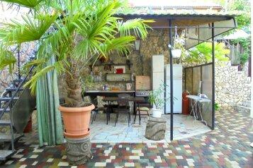 Двухкомнатный домик с беседкой на 3-5 человек., 58 кв.м. на 5 человек, 2 спальни, Военно-морской переулок, 9, Феодосия - Фотография 1