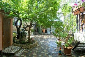 Двухкомнатный домик с беседкой на 3-5 человек., 58 кв.м. на 5 человек, 2 спальни, Военно-морской переулок, Феодосия - Фотография 2