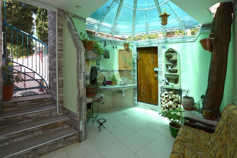 Дом  с видовой мансардой., 100 кв.м. на 8 человек, 4 спальни, Пролетарская улица, 7, Гурзуф - Фотография 6