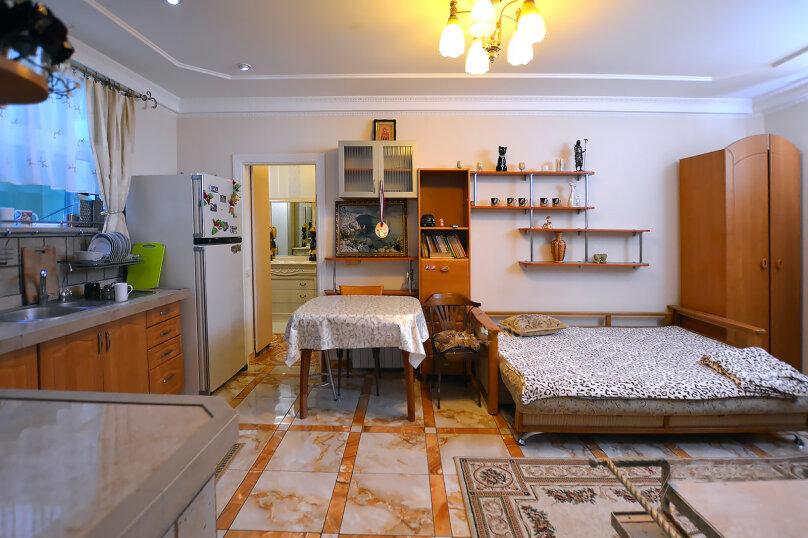 Дом  с видовой мансардой., 100 кв.м. на 8 человек, 4 спальни, Пролетарская улица, 7, Гурзуф - Фотография 13