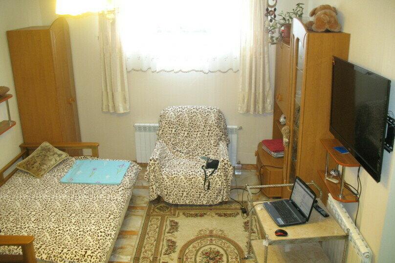 Дом  с видовой мансардой., 100 кв.м. на 8 человек, 4 спальни, Пролетарская улица, 7, Гурзуф - Фотография 15