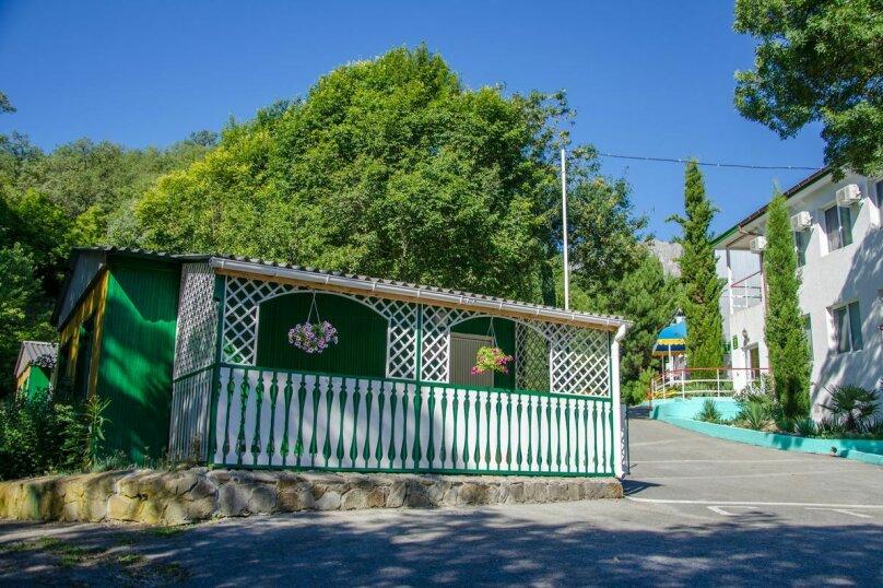 Летний домик с частичными удобствами 3+2, улица Багрова, 10, Алушта - Фотография 1