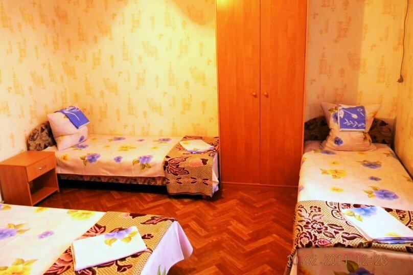 3-ех местный эконом, улица Гарнаева, 76, Феодосия - Фотография 1
