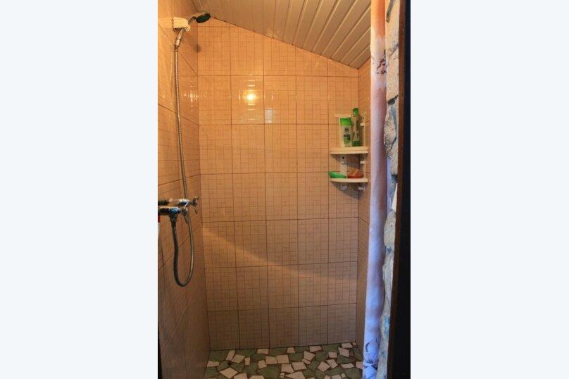 Гостевой дом у Надежды, Красный переулок, 27 на 8 комнат - Фотография 6