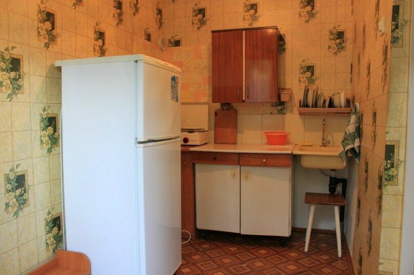 Гостевой дом у Надежды, Красный переулок, 27 на 8 комнат - Фотография 7