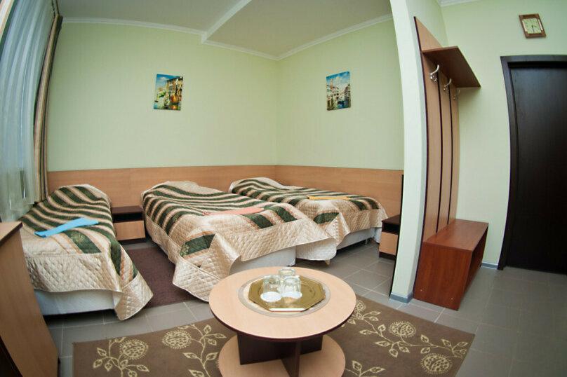 Четырехместный номер эконом-класса, улица Маршала Жукова, 43, Наро-Фоминск - Фотография 1