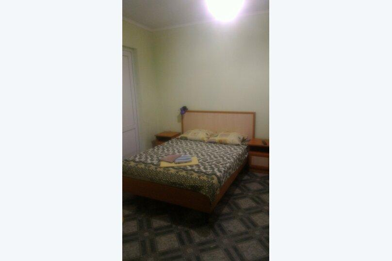 """Гостевой дом """"Три кита"""", Зеленая, 3 на 12 комнат - Фотография 56"""