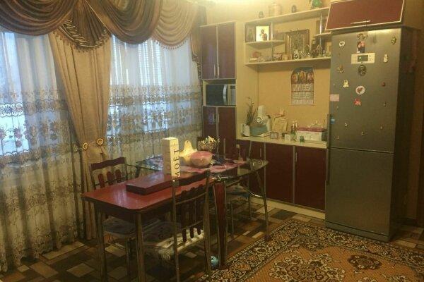 Номера в частном доме, улица Панфилова, 11 на 3 номера - Фотография 1
