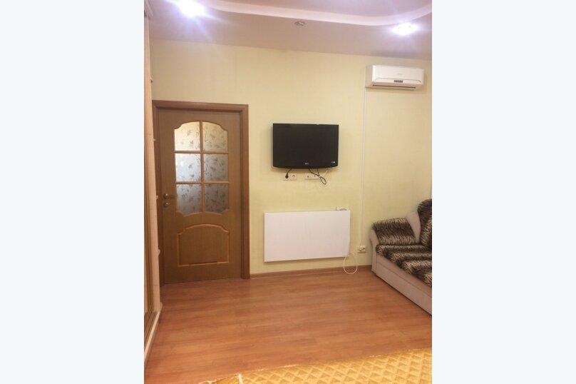 1-комн. квартира, 32 кв.м. на 3 человека, улица Багликова, 21, Алушта - Фотография 12