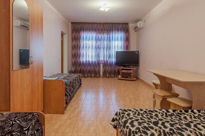 """Гостевой дом """"Амурчанка"""", Тенистая улица, 24 на 5 комнат - Фотография 18"""