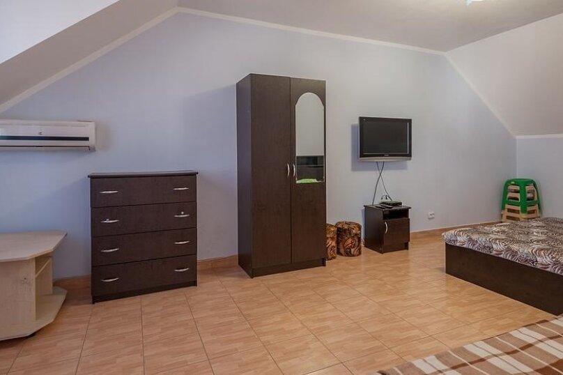 """Гостевой дом """"Амурчанка"""", Тенистая улица, 24 на 5 комнат - Фотография 19"""