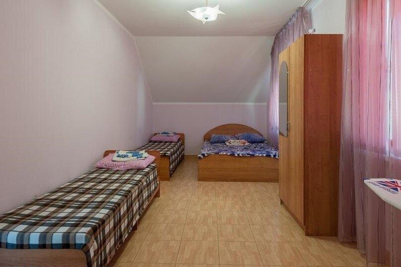 """Гостевой дом """"Амурчанка"""", Тенистая улица, 24 на 5 комнат - Фотография 23"""