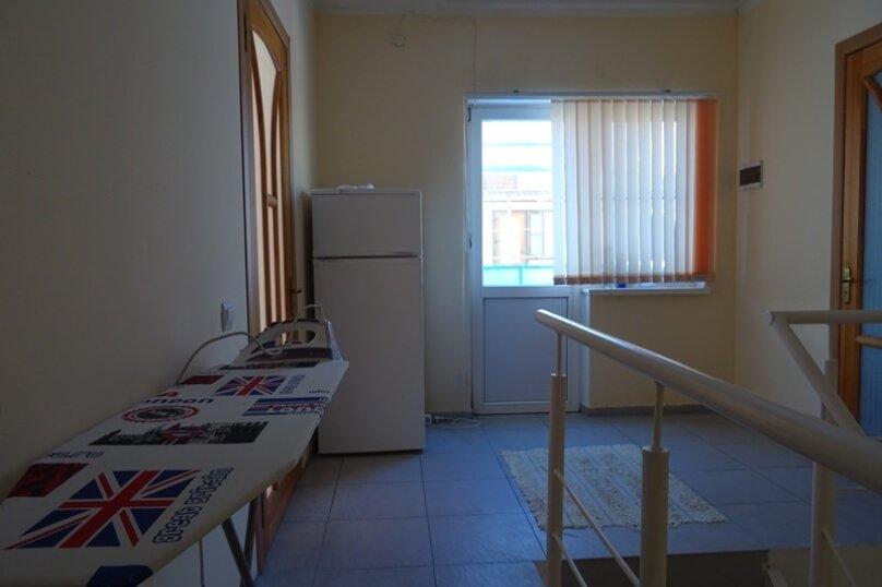 """Гостевой дом """"Амурчанка"""", Тенистая улица, 24 на 5 комнат - Фотография 6"""