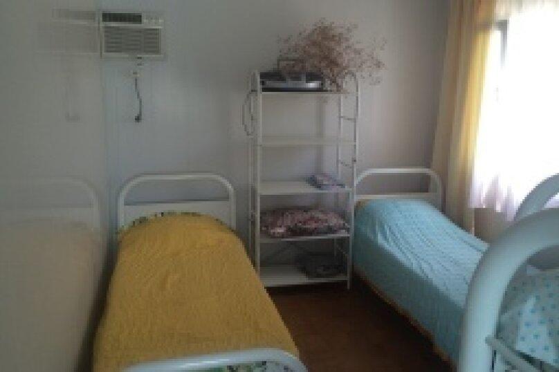 Отдельная комната, Курортная улица, 95, Голубицкая - Фотография 1