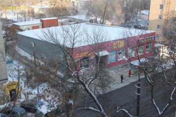 2-комн. квартира, 70 кв.м. на 6 человек, улица Степана Разина, 14, Саратов - Фотография 2