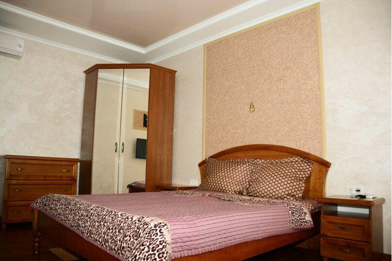 Отдельная комната, Московская улица, 46, Феодосия - Фотография 1