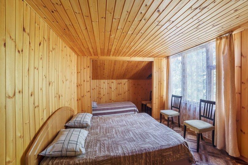 Частный дом, 110 кв.м. на 10 человек, 3 спальни, Крутой спуск, 12А, Алупка - Фотография 3