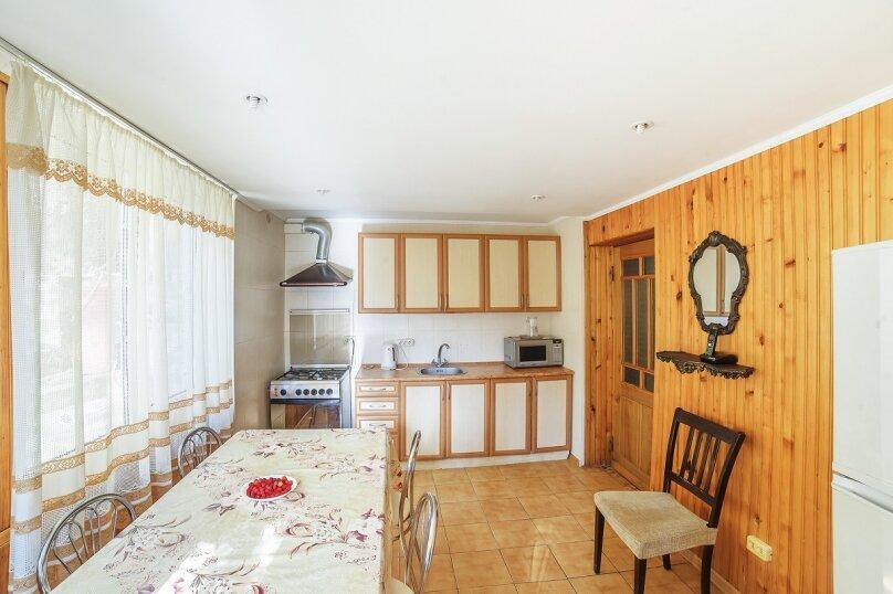 Частный дом, 110 кв.м. на 10 человек, 3 спальни, Крутой спуск, 12А, Алупка - Фотография 10