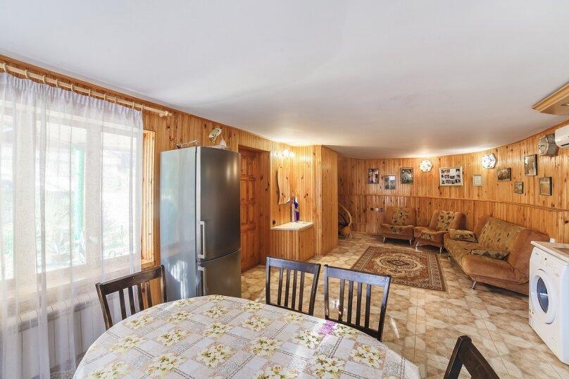 Коттедж, 110 кв.м. на 7 человек, 2 спальни, Крутой спуск, 12а, Алупка - Фотография 3