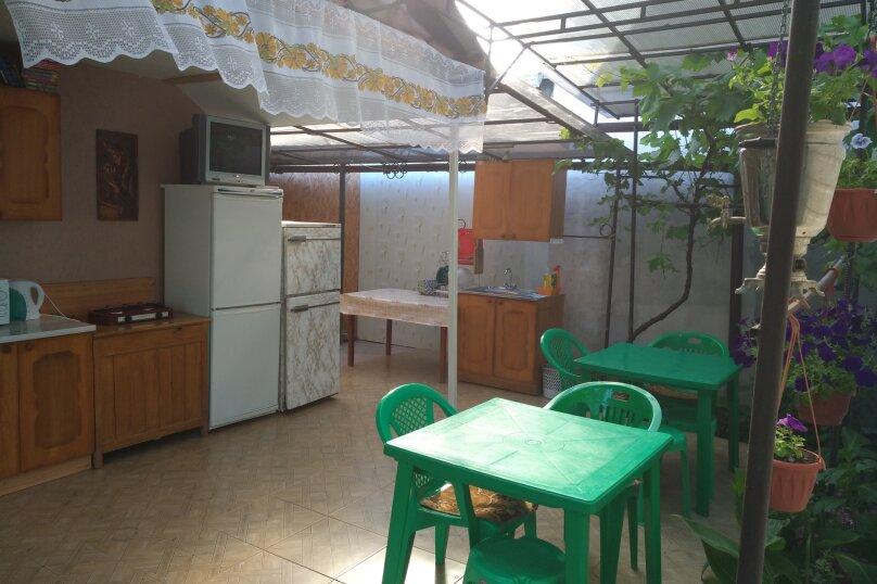 Гостиница 798608, улица Попова, 3 на 6 комнат - Фотография 2