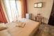 Полулюкс, Черноморская набережная, Феодосия с балконом - Фотография 1