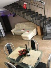 Дом, 100 кв.м. на 8 человек, 2 спальни, Гагарина , Банное - Фотография 1