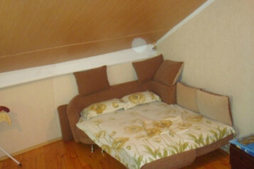 Дом двух этажный, 35 кв.м. на 4 человека, 2 спальни, Красногвардейская улица, 36, Алупка - Фотография 1