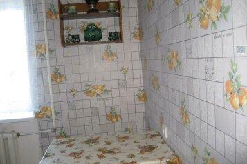 2-комн. квартира, 42 кв.м. на 4 человека, Нахимова, 25, поселок Орджоникидзе, Феодосия - Фотография 2