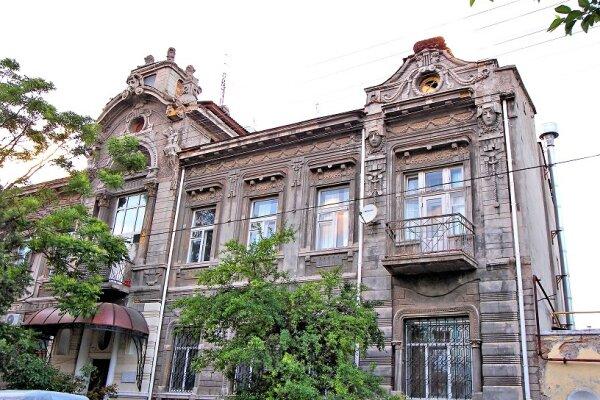 Отель , улица Пушкина, 4 \ 7 на 4 номера - Фотография 1