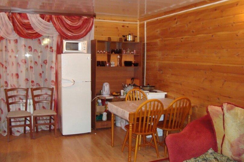 Дом, 120 кв.м. на 16 человек, 4 спальни, Пионерская,  3, Байкальск - Фотография 2