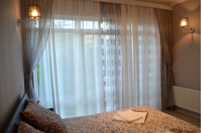 Коттедж, 120 кв.м. на 10 человек, 3 спальни, Качинское шоссе, 35, коттедж 17, посёлок Орловка, Севастополь - Фотография 45