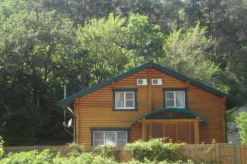 Дом, 110 кв.м. на 6 человек, 4 спальни, микрорайон Голубая бухта, с/т Лесник, Геленджик - Фотография 1