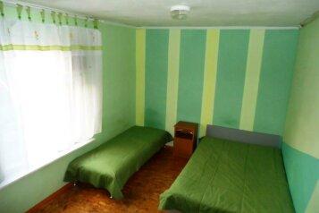 Дом Морская-Бердянская улица, 35 кв.м. на 7 человек, 2 спальни, Морская улица, Ейск - Фотография 2