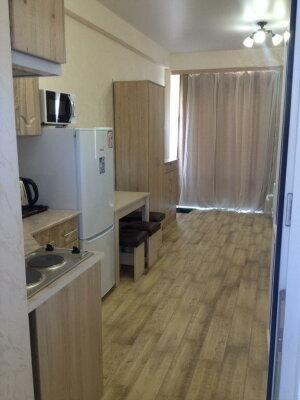 1-комн. квартира, 21 кв.м. на 4 человека, улица Аллея Дружбы, 14к21, Евпатория - Фотография 1