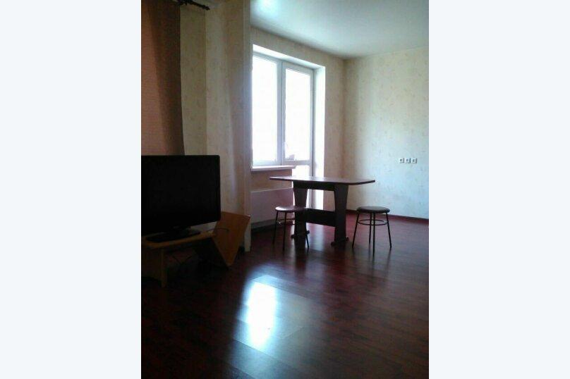 1-комн. квартира, 42 кв.м. на 4 человека, улица Готвальда, 14А, Екатеринбург - Фотография 2