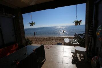 Гостевой дом-эллинг, Черноморска наб. на 2 номера - Фотография 2