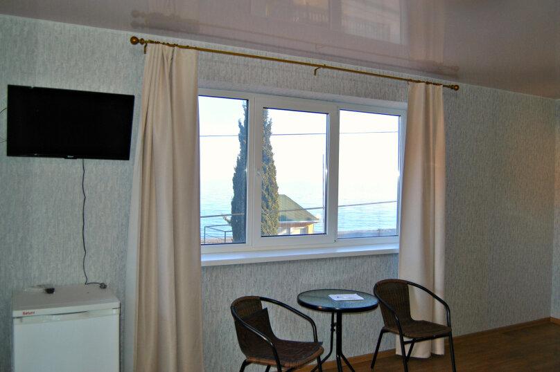 Двухместная комната с панорамным видом на море, Набережная улица, 4б, Рыбачье - Фотография 1