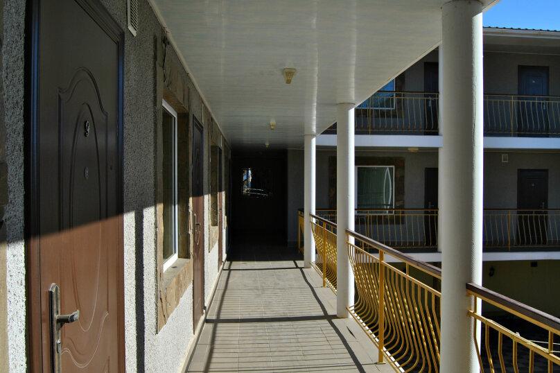 """Гостевой дом """"На Новоселов 1С"""", улица Новоселов, 1с на 25 комнат - Фотография 4"""
