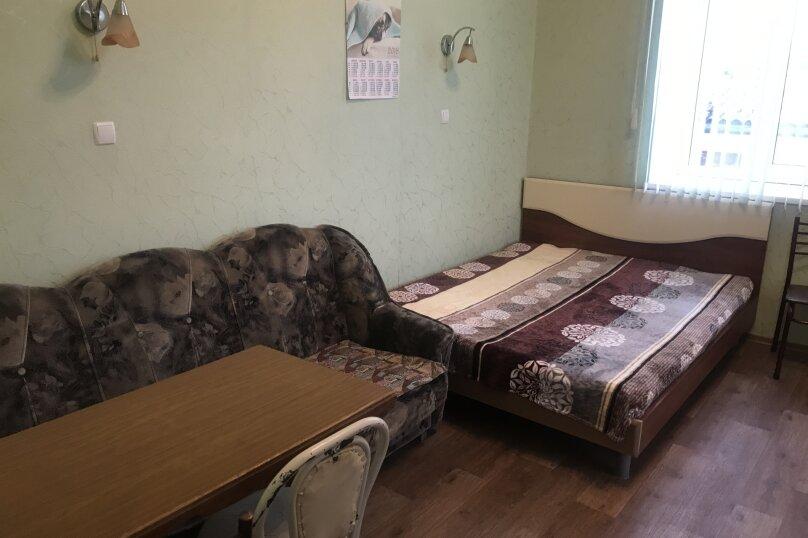 1-комн. квартира, 20 кв.м. на 4 человека, улица Кирова, 82, Евпатория - Фотография 1