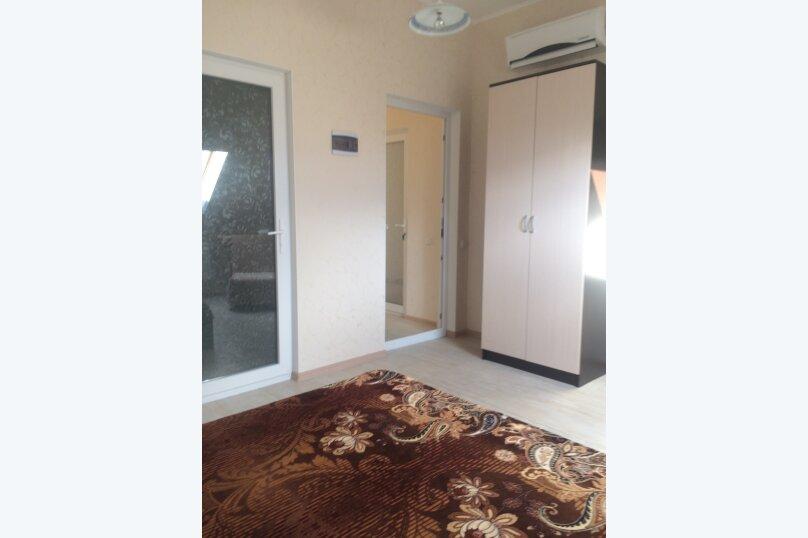 #20 однокомнатный двухместный (мансарда) 4 этаж, Каштановая , 28, район Алчак, Судак - Фотография 4