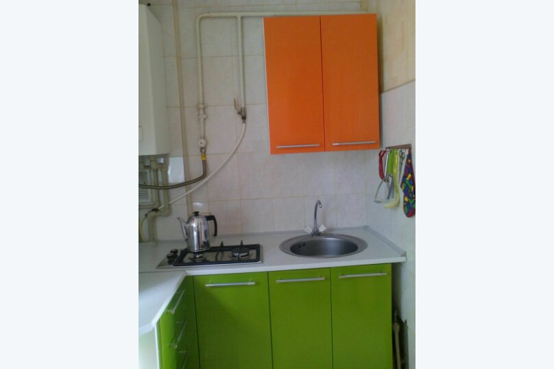 2-комн. квартира, 40 кв.м. на 6 человек, Д.Ульянова, 4, Евпатория - Фотография 1