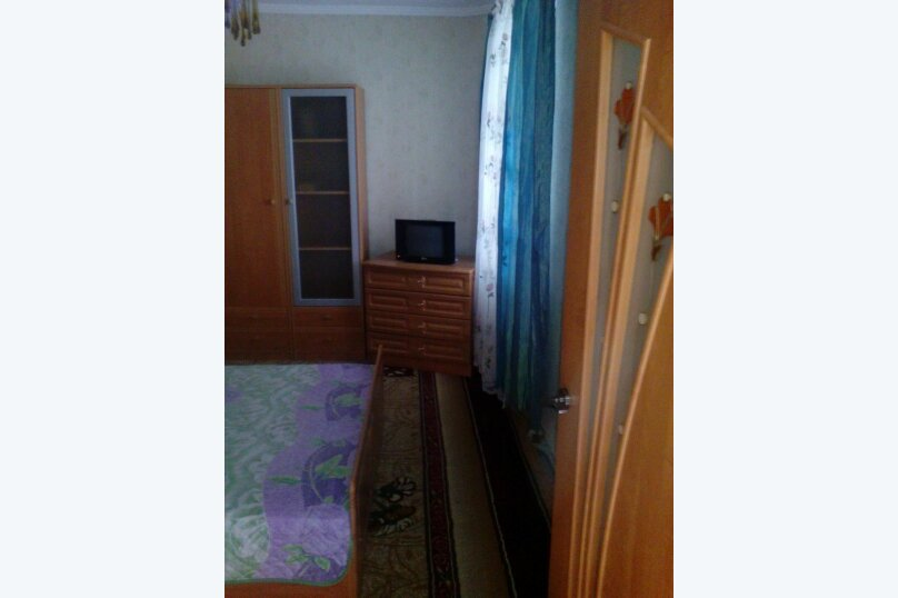 2-комн. квартира, 40 кв.м. на 6 человек, Д.Ульянова, 4, Евпатория - Фотография 11