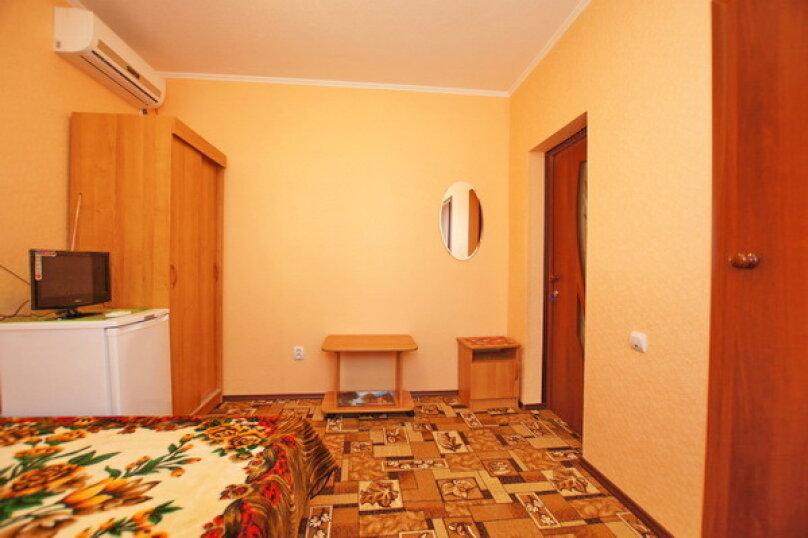 """Гостевой дом """"Кубаночка"""", Кубанская, 3 на 16 комнат - Фотография 123"""