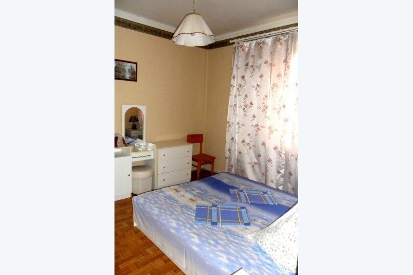 """Гостевой дом """"У Карена"""", Аэродромная улица, 18 на 8 комнат - Фотография 52"""