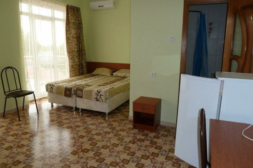 2-комнатный 6-ти местный номер, Коллективная улица, 60, Кабардинка - Фотография 1