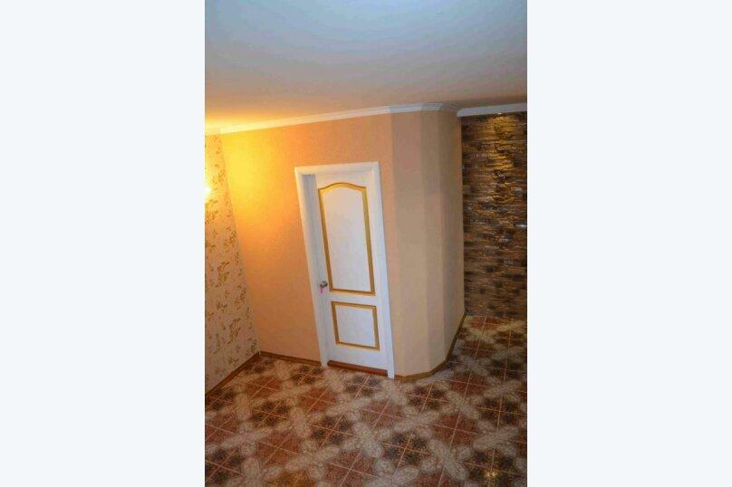 Гостиница Берег Казантипа 801189, Набережная улица, 14 на 10 комнат - Фотография 5